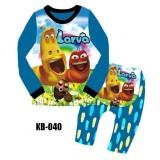 Larva KB040